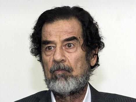 ببینید | شعار مرگ بر فارسها آخرین حرف صدام قبل از اعدام!
