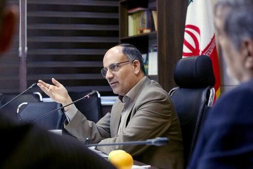 محمود شالویی: اشتیاق به زبان فارسی را باید از کودکی در دانشآموزان نهادینه کرد