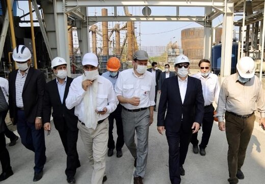 معاون وزیر نفت: امسال ۱۷ طرح صنایع پتروشیمی به بهرهبرداری میرسد