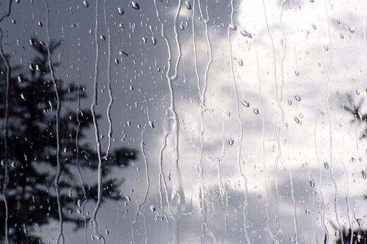 سیلاب در استانهای شمالی، باد شدید در جنوب