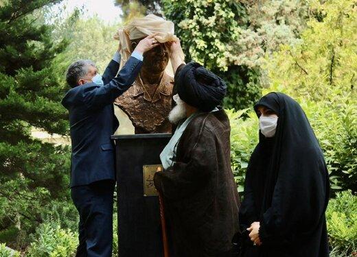 سردیس سردار شهید سلیمانی در تالار وحدت/ عکس
