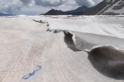ببینید |  یخچالهای طبیعی آلپ پتو پیچ شدند!