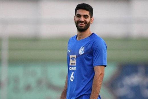 استاد الدوحه: باشگاه قطر با علی کریمی قرارداد امضا کرد