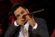 ببینید | سیاه بازی احسان علیخانی با سیب و تفنگ بادی در برنامه عصر جدید!