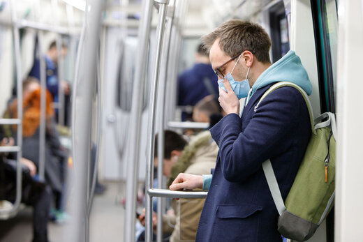 کرونا با یک نفس در محیط آلوده منتقل میشود؛ لطفا ماسک بزنید
