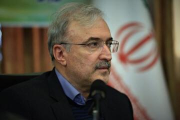 مجوز مصرف واکسن ایرانی کرونا صادر شد/ نمکی: از ذوق نخوابیدم
