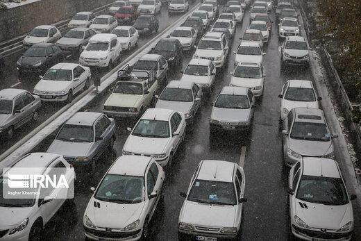 ترافیک سنگین در آزادراه کرج- قزوین
