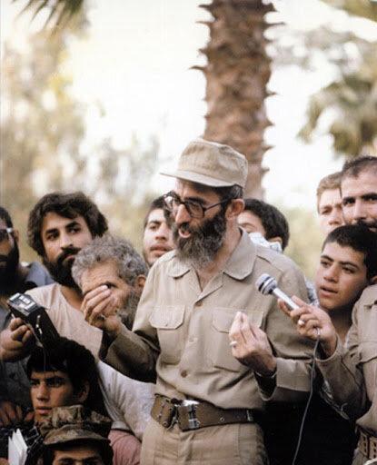 رهبر انقلاب در جبهههای دفاع مقدس از نگاه دوربین