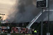 ببینید | انفجار و آتشسوزی در کارخانه تولید فولاد آمریکا