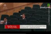 ببینید | خوابیدن رهبر حزب سبزهای ایرلند در پارلمان