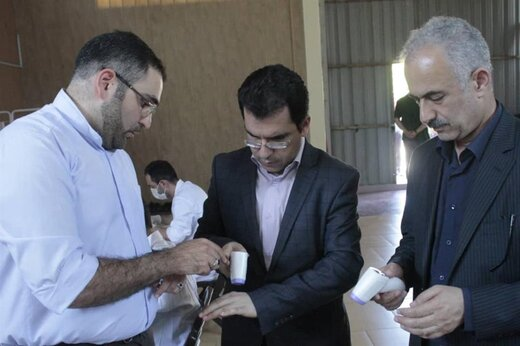 عرضه نخستین نمونه تب سنج های تولیدی ایرانی و آغاز ساخت پالس اکسی متر، فشار سنج،تشک برقی و بخور سرد