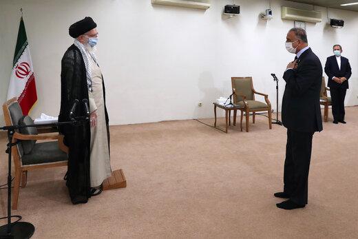 قائد الثورة الاسلامية يستقبل رئيس الوزراء العراقي
