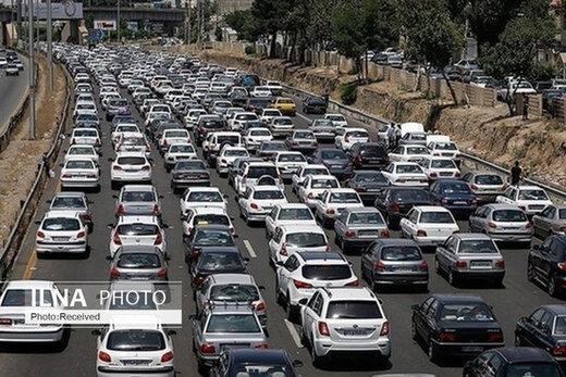 ترافیک سنگین در برخی از جادهها