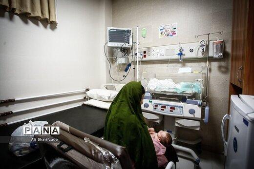 کودکان مبتلا به کووید۱۹ در بیمارستان مفید تهران
