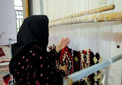 ۴۴۰۰ قالیباف فعال تحت حمایت کمیته امداد استان کرمان قرار دارند
