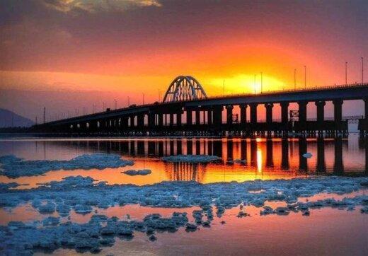 پلی که دریاچه ارومیه را نصف کرد؛ میانگذر بعد از ۱۳سال اصلاح میشود؟