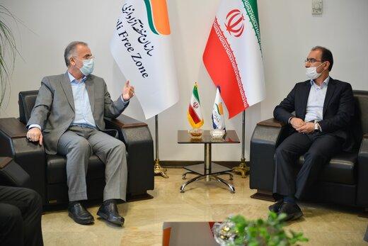 دیدار رییس دانشگاه آزاد اسلامی استان گیلان با مدیرعامل سازمان منطقه آزاد انزلی