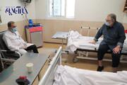 ببینید | نخستین تصاویر از کارگردان مشهور پس از ابتلا به کرونا روی تخت بیمارستان