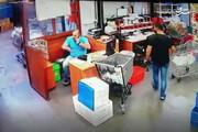 ببینید | لحظه انفجار بیروت از دید یک دوربین مدار بسته در فروشگاه
