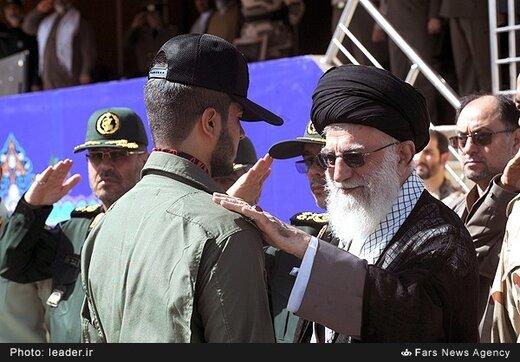 با موافقت رهبر انقلاب؛ پرچم و نشان فداکاری به دانشگاه افسری امام علی(ع) ارتش اهدا میشود