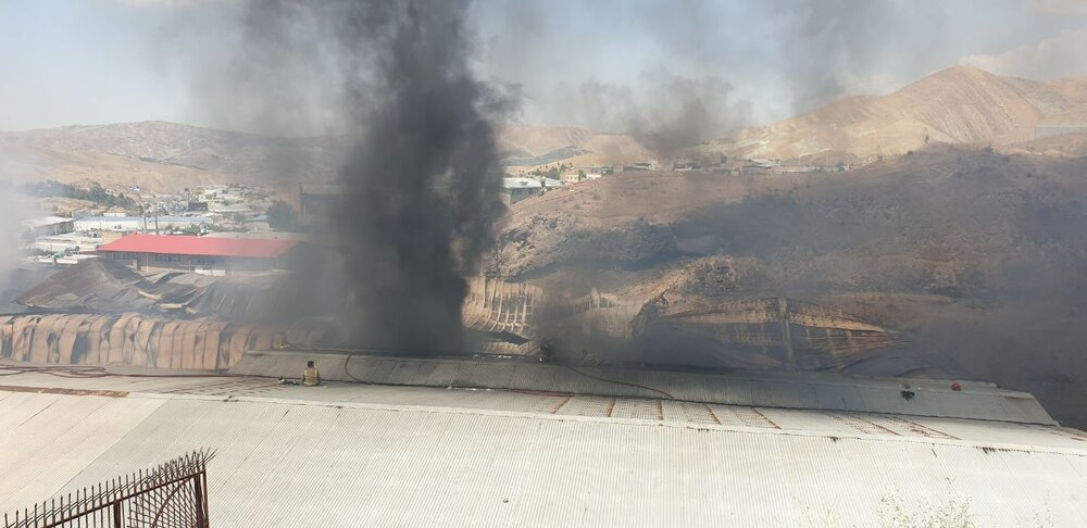 آتش سوزی در شهرک صنعتی جاجرود