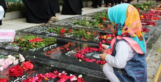 جمشید شارمهد این دو کودک را با بمب گذاری به شهادت رساند /به محل انفجار که رفتم جسم نیم شده علیرضا را دیدم...+عکس