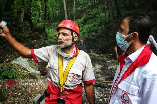 انتقال جسد کشف شده یک زن در ارتفاعات جهان نما کردکوی