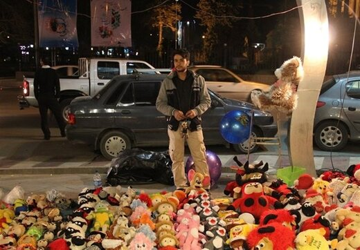 تذکر به شهرداری تهران: چرا خودسرانه دستفروشان را جمع میکنید