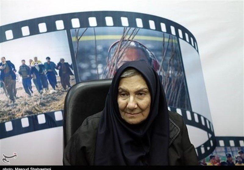 فریده سپاهمنصور: بازیگر پیشکسوتی را میشناسم که مسافرکشی میکند