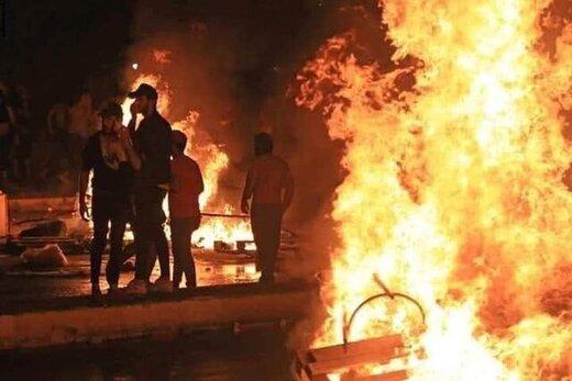 معترضان عراقی ساختمان استانداری الدیوانیه را آتش زدند