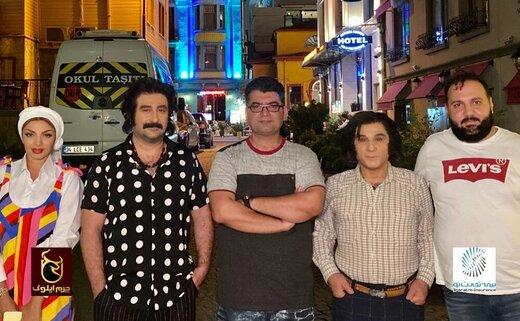 چهره جالبِ مهدی هاشمی و مهران احمدی با کلاهگیس در فیلم «کوسه»/ عکس