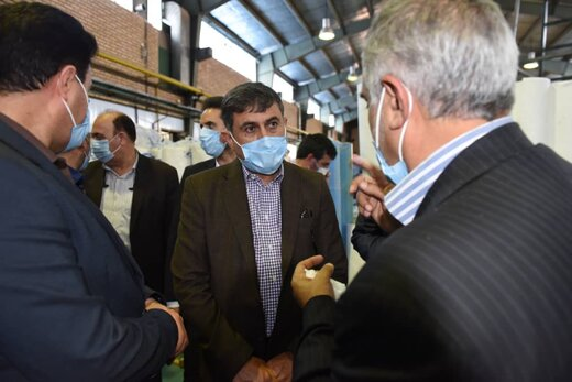 بزرگترین واحد تولید ماسک خاورمیانه در البرز با قدرت در حال تولید است/تولید روزانه ۴ میلیون عدد ماسک دریک واحد تولیدی البرزی