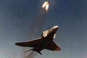ببینید | لحظاتی دلهرهآور از پرتاب صندلی خلبانان قبل از سقوط