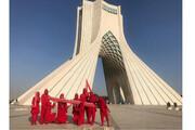 نمایشگران، برج آزادی را هم جابهجا کردند