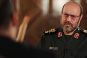 انتقاد روزنامه اصولگرا از حسین دهقان/ چرا از اسم مشاور رهبری سوء استفاده می کنید؟