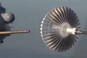 سوختگیری هوایی V22 از نمایی نزدیک