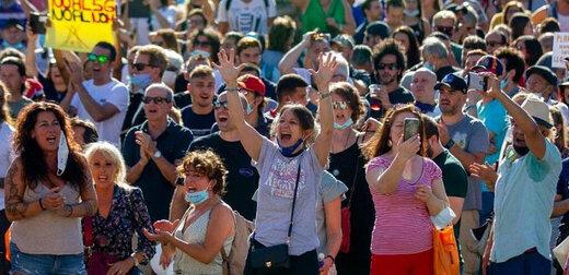 مخالفان ماسک در اسپانیا به خیابانها آمدند