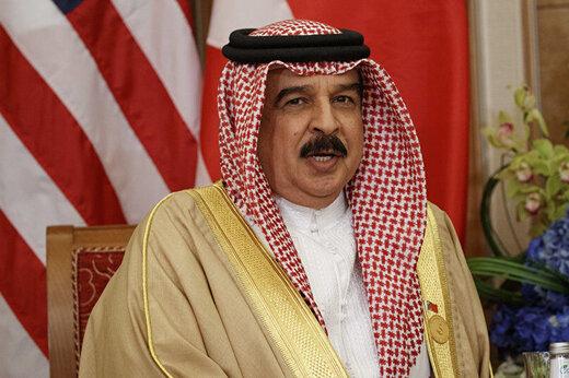 ببینید   پادشاه بحرین در دبی به همراه ربات بادیگاردش