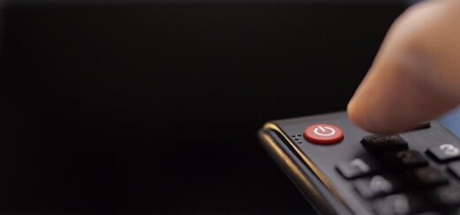 تلویزیون به کدام سخنرانان و مداحان آنتن میدهد؟