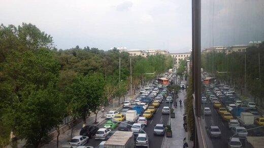 ترافیک نیمه سنگین در شهریار-تهران/ بارش باران در محورهای مازندران