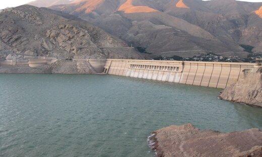 وزارت نیرو مسیر آب را بسته/ پنج سال دیگر دریاچه ارومیه خشک میشود