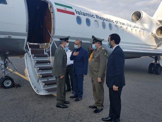 وزير الدفاع الإيراني يصل موسكو