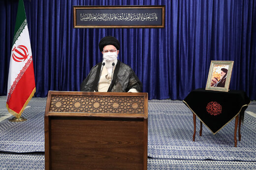 Supreme Leader: Iran's economy should not to be linked to foreign developments