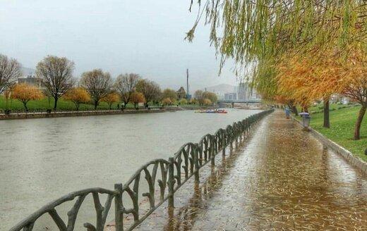 بارش باران و وقوع رعدوبرق تابستانه در آذربایجانغربی / کاهش ۱۲ درجهای دمای هوا