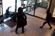 ببینید | سرقت مسلحانه از یک طلافروشی با اسکوتر!