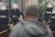 ببینید | هشت تیر پلیس آمریکا به مرد سیاهپوست غیرمسلح در حضور سه فرزندش