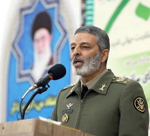 هشدار فرمانده کل ارتش درباره ترفندهای نگران کننده علیه ایران