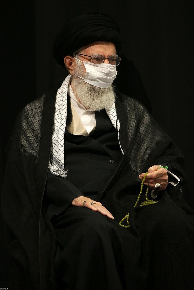 5449726 - متفاوتترین مراسم عزاداری در حسینیه امام خمینی(ره)  با حضور رهبر انقلاب + عکس