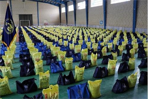 ۳ هزار بسته مواد غذایی در بین نیازمندان چهارمحال و بختیاری توزیع شده است