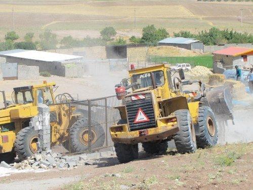 تخریب ۹۲بنای غیرمجاز در اراضی کشاورزی قزوین
